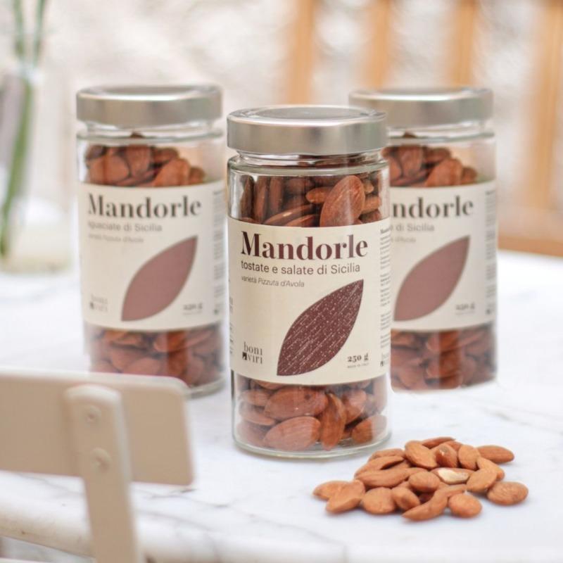 mandorle-siciliane-tostate-e-salate-in-barattolo-250-g